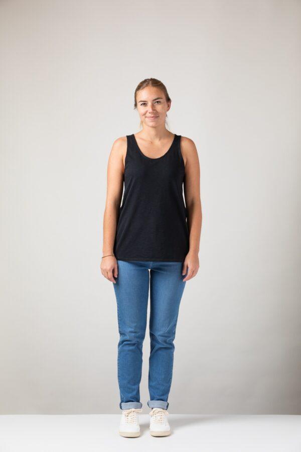 Women basic Tanktop black