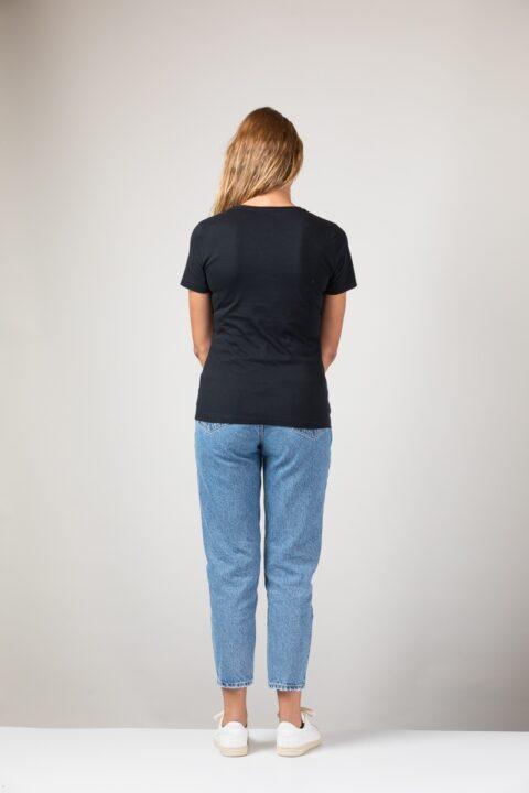 Women Slim T-Shirt black