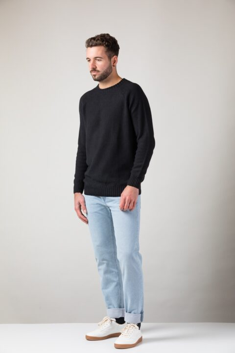 Men Melk Sweater black