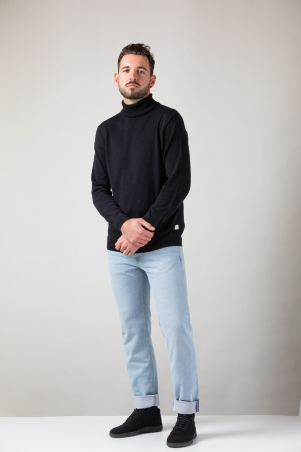 Men Turtleneck black