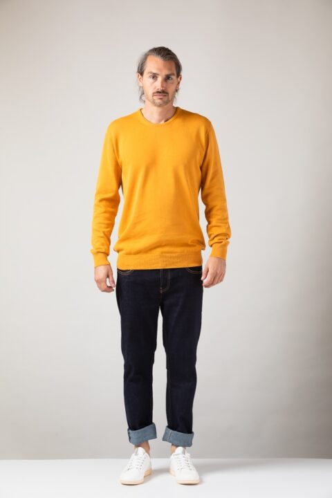 Men basic Sweater amber