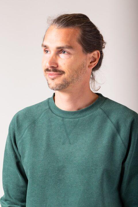 Men basic Sweater green stone