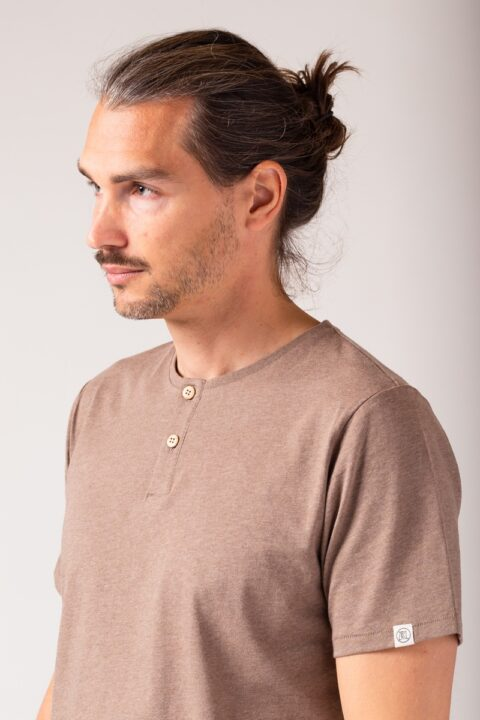 Men Henley T-Shirt borwn mel.