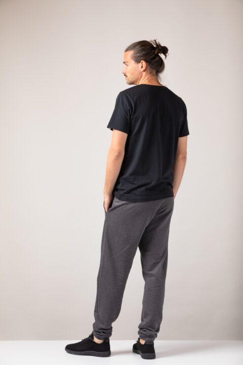 Men basic T-Shirt black