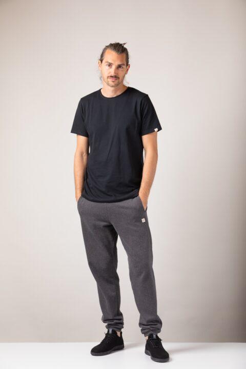 n basic T-Shirt black