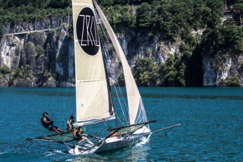 Segelboot mit ZRCL Segel